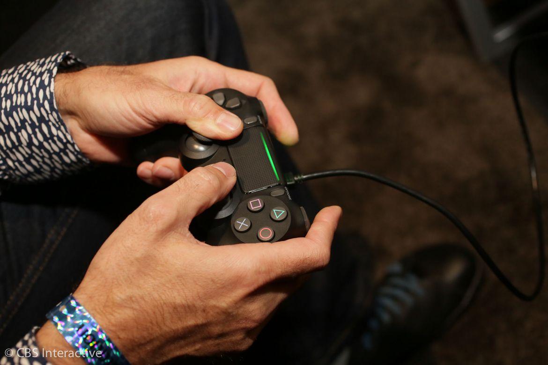 sony-playstation-4-pro-09